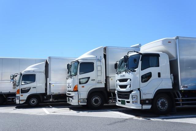 運送用トラックの稼働率が増加する現代に、整備工場での導入が勧められるサービスとは